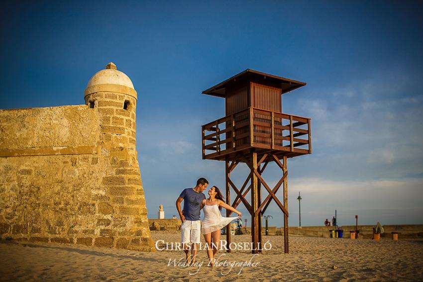 Reportaje Pre Boda en Playa de la Caleta. Cadiz. Yolanda y Jose, Christian Roselló Fotógrafo de Bodas en Cadiz, con sede en Valencia
