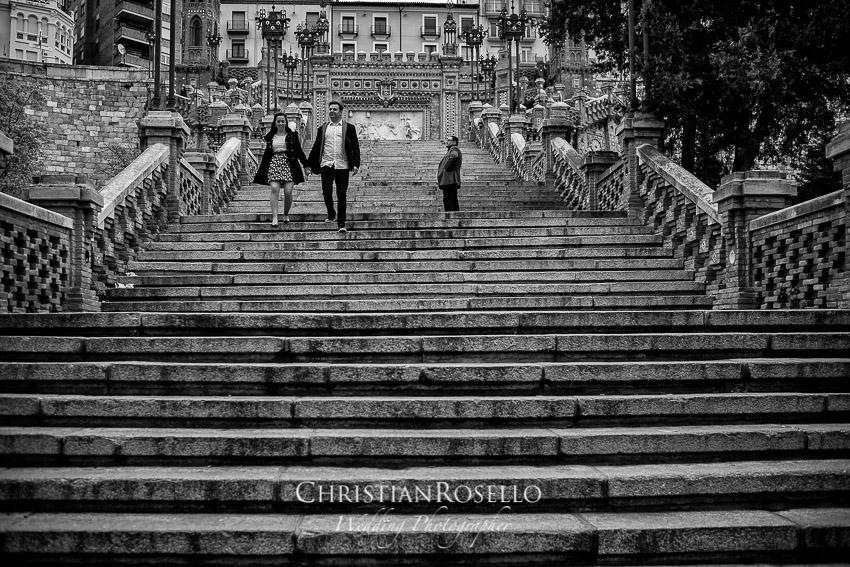 Pre Boda en Teruel, Escalinata del Ovalo, Mª Jesus y Oscar. Christian Roselló Fotografo de Bodas en Teruel, con sede en Valencia