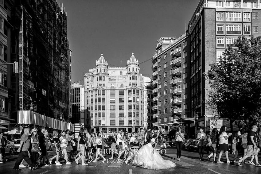 Post Boda en Huerto Santa Maria, calle Xativa Valencia, Natalia e Iván. Christian Roselló Fotógrafo de bodas en Valencia