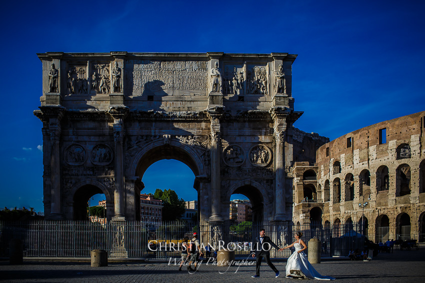 Post Boda en Roma, Arco di Costantino, Mª Jesús y Oscar. Christian Roselló, Wedding Photographer in Rome, based in Valencia Spain
