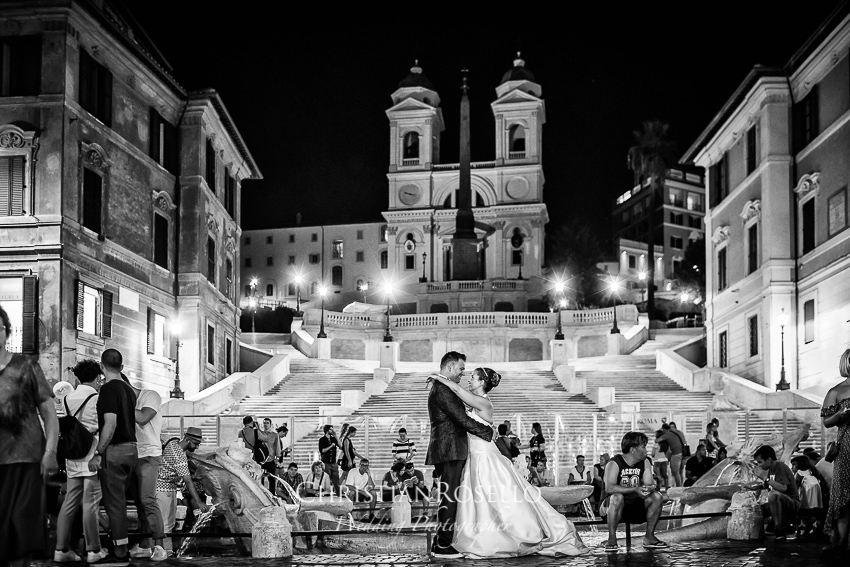 Post Boda en Roma, Piazza Spagna, Mª Jesús y Oscar. Christian Roselló, Wedding Photographer in Rome, based in Valencia Spain