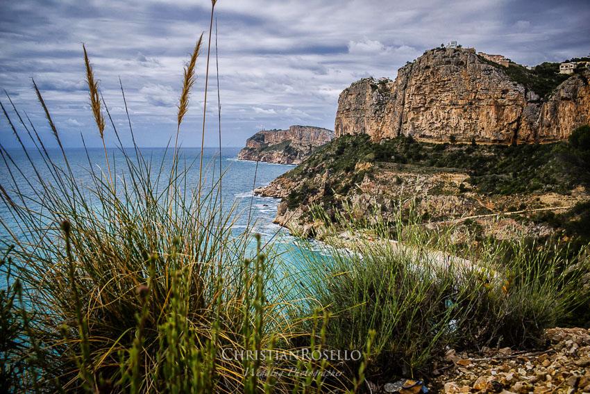 Pre Boda en Altea Alicante Carla y Toni. Cala de Moraig Benitachell. Christian Roselló Fotógrafo de Bodas en Alicante, con sede en Valencia.