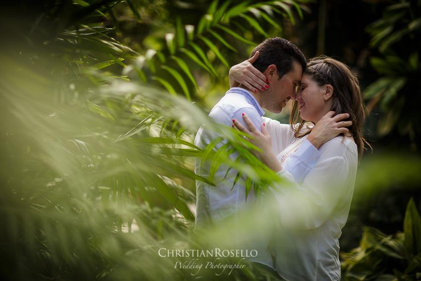 Pre Boda en Valencia Olga y David, Jardín Botánico. Christian Roselló Fotógrafo de Bodas nacional e internacional con sede en Valencia.