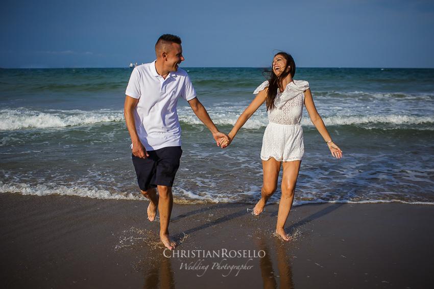 Pre Boda en la Playa del Saler Estefanía e Iván. Playa del Saler. Christian Roselló Fotógrafo de Bodas en Valencia.